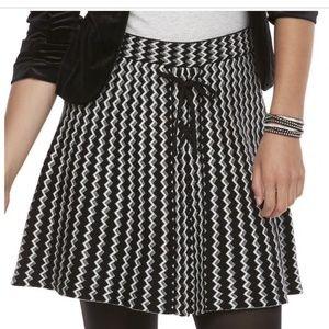 Candie's Juniors Black & White A-Line  Skirt